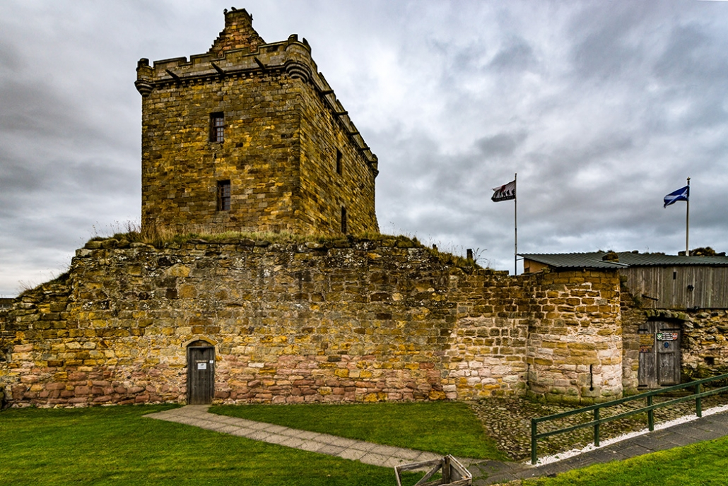 Balgonie Castle, MacRannoch's home