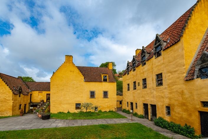 Culross Palace, Castle Leoch, Outlander