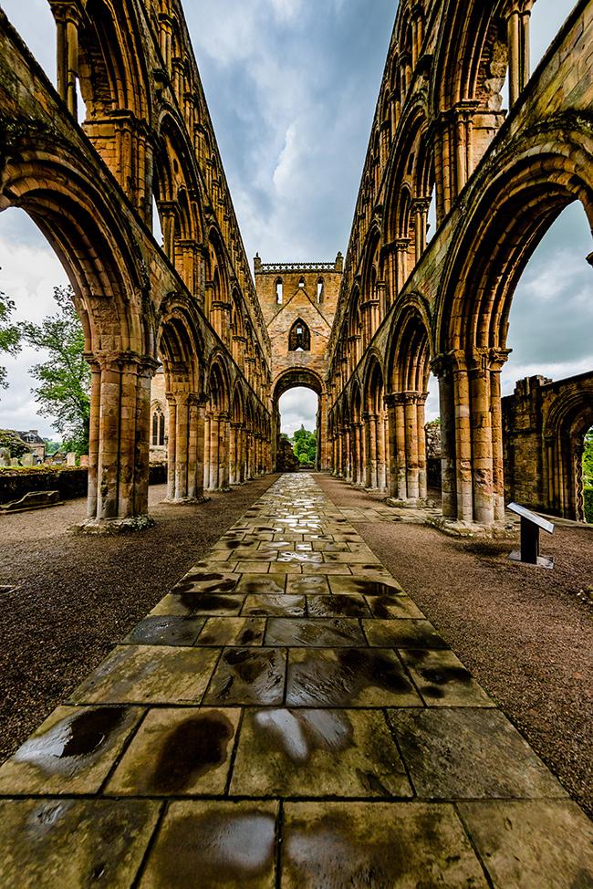 Jedburgh abbey, stone arches